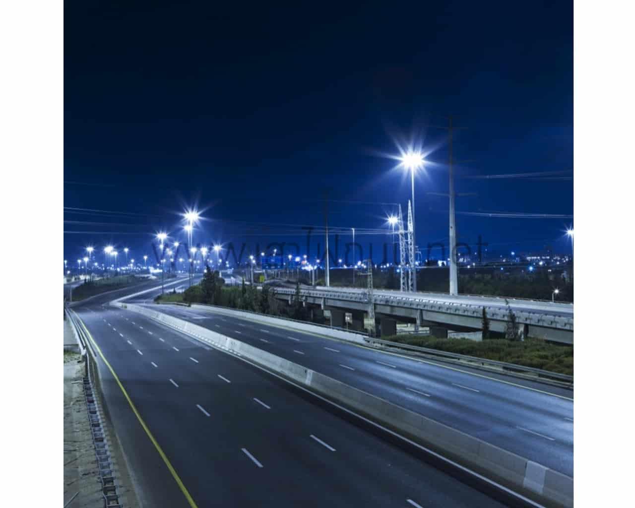 โคมไฟถนน LED Street Light 90w (แสงส้ม) FSL