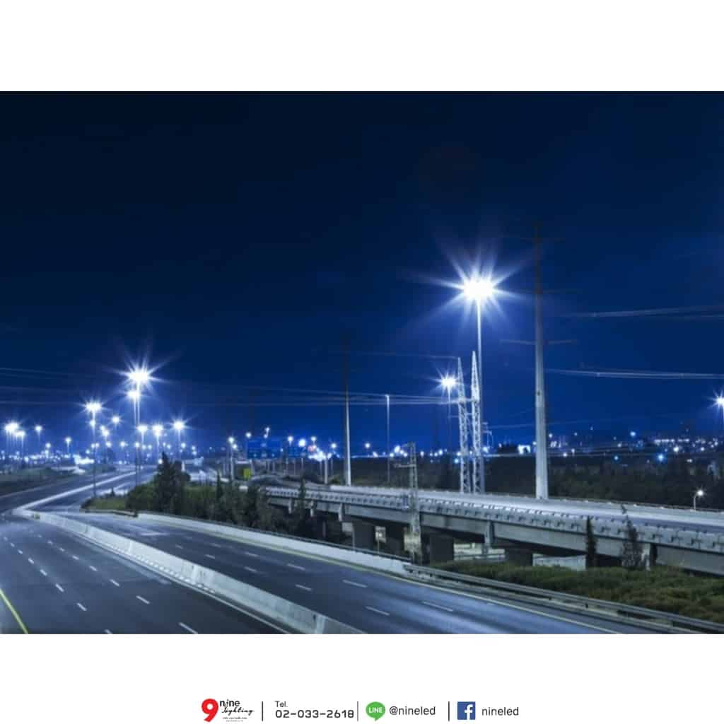 ตัวอย่างโคมไฟถนน LED Street Light 120w (วอร์มไวท์) FSL