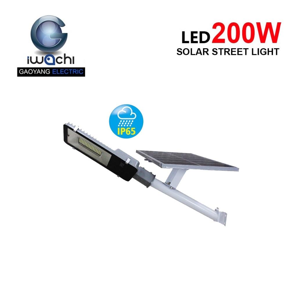 โคมไฟถนนโซล่าเซลล์ 200วัตต์ IWACHI SMD